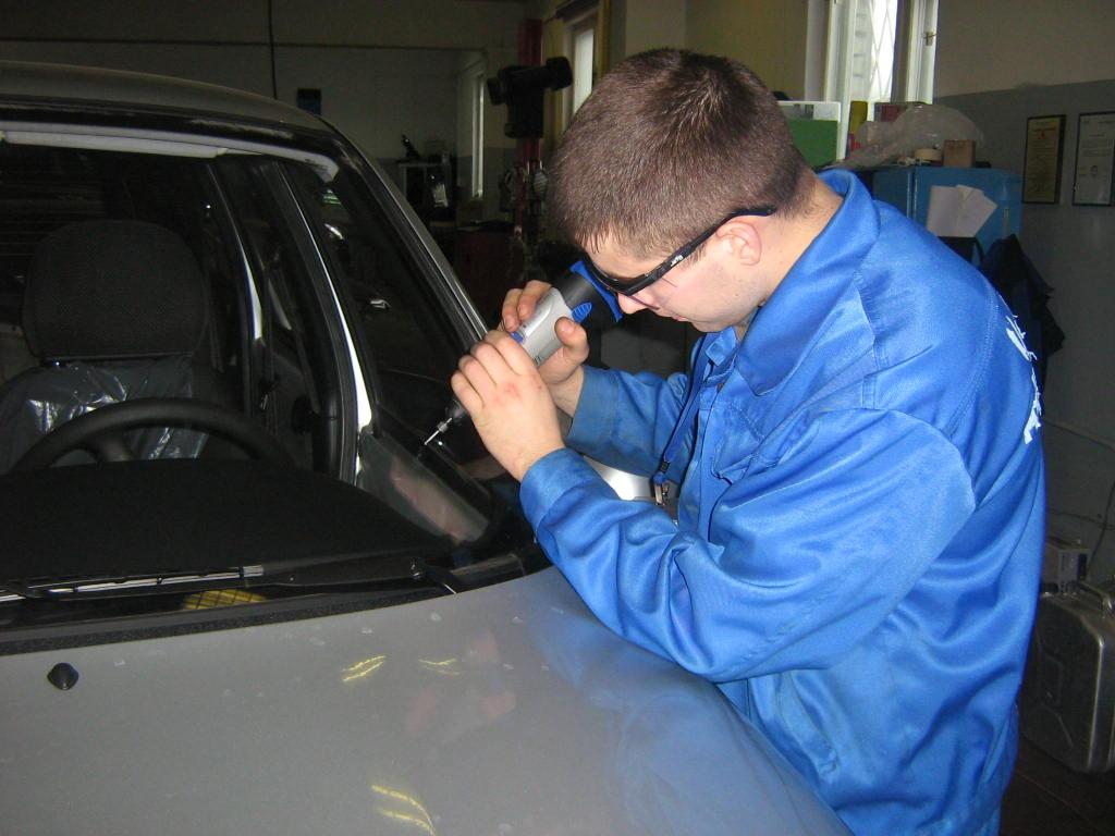 Для ремонта лобового стекла фото